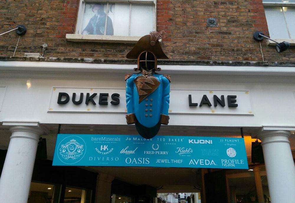 Dukes Lane signage