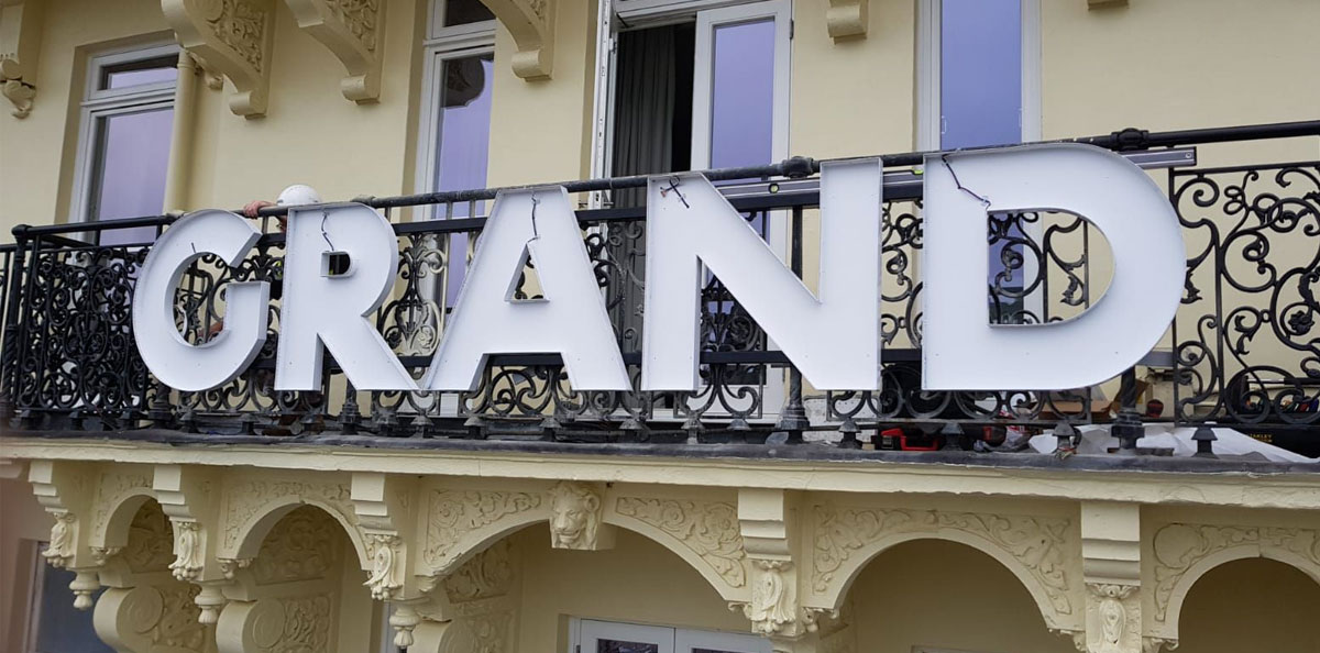Grand Hotel signage trays